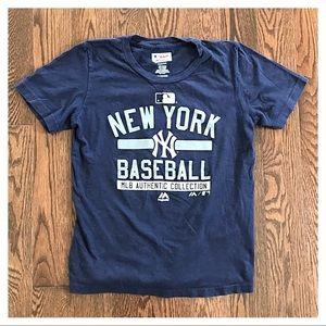 {Majestic} NY Yankees T-shirt, M (10/12)